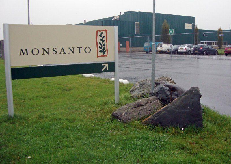 Bayer compra Monsanto: preocupación entre las asociaciones de consumidores