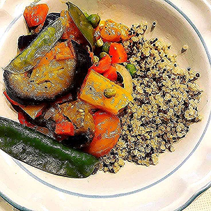 Vegetable #stir #fry #and #quinoa #with #peas #and #tomatoes #from #the #garden # #food # #healthyfood # #vegetarian # #vegetables # #quinoa #