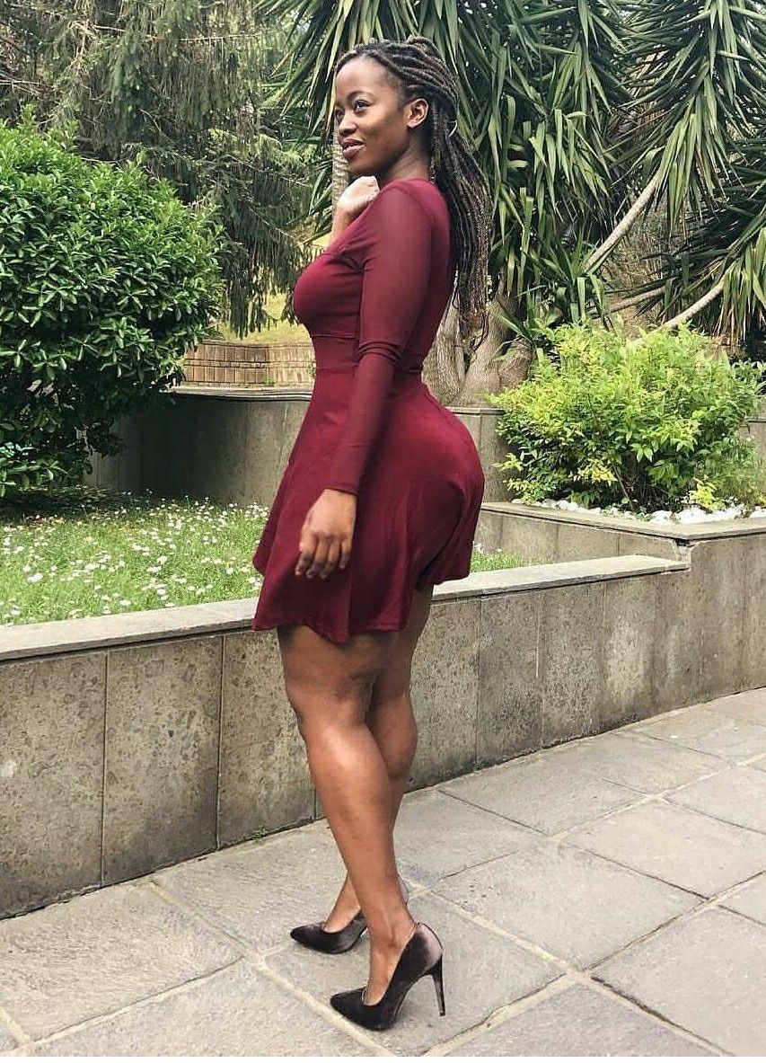 FREIDA: Black bbw bouncing that big ass