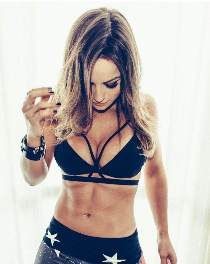 adc43f6fa Top Strap Black Labellamafia - Shop Laninha   Gym outfits   Alice ...