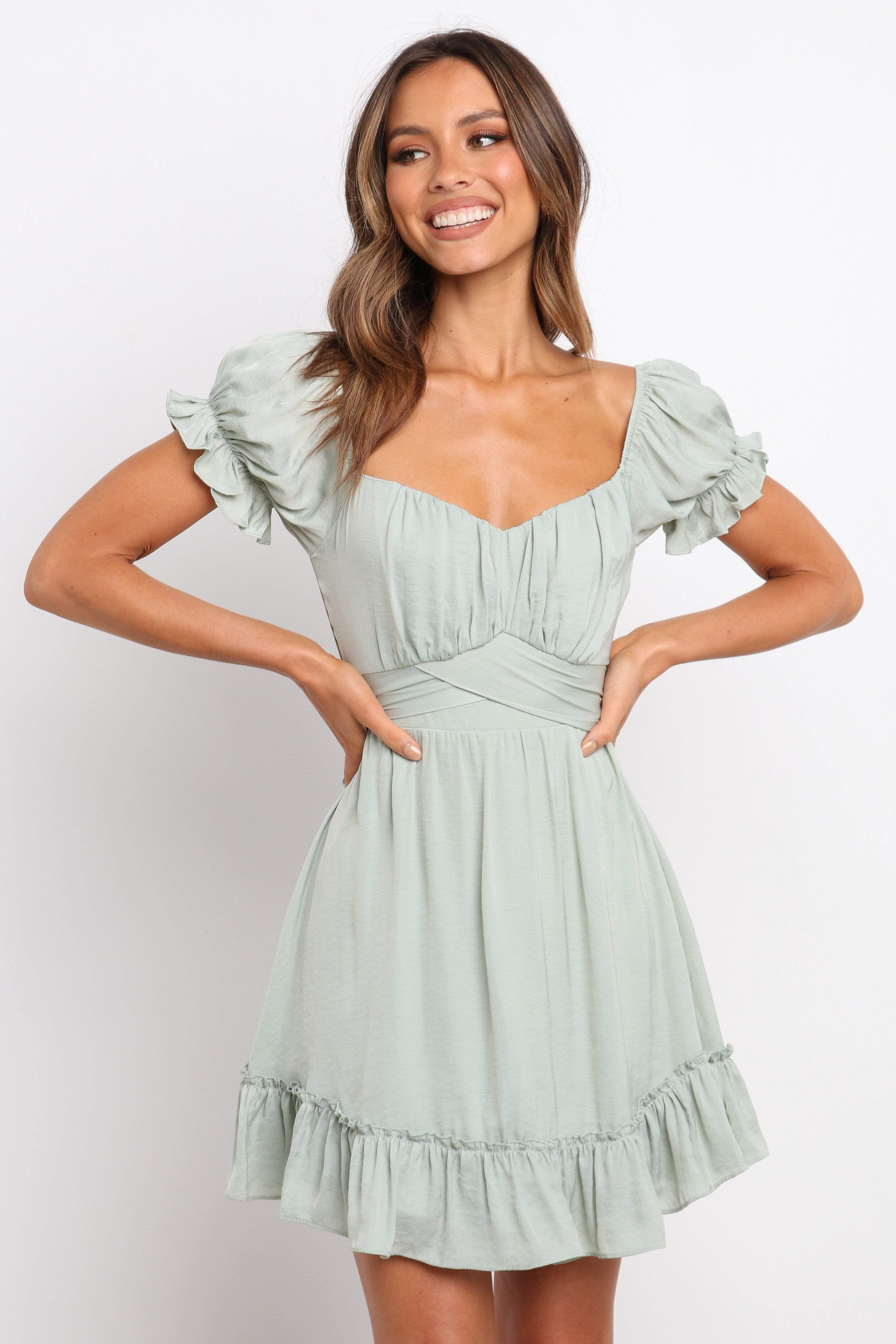 Zusanna Dress Green 6 Dresses Green Dress Simple Dresses [ 5338 x 3559 Pixel ]