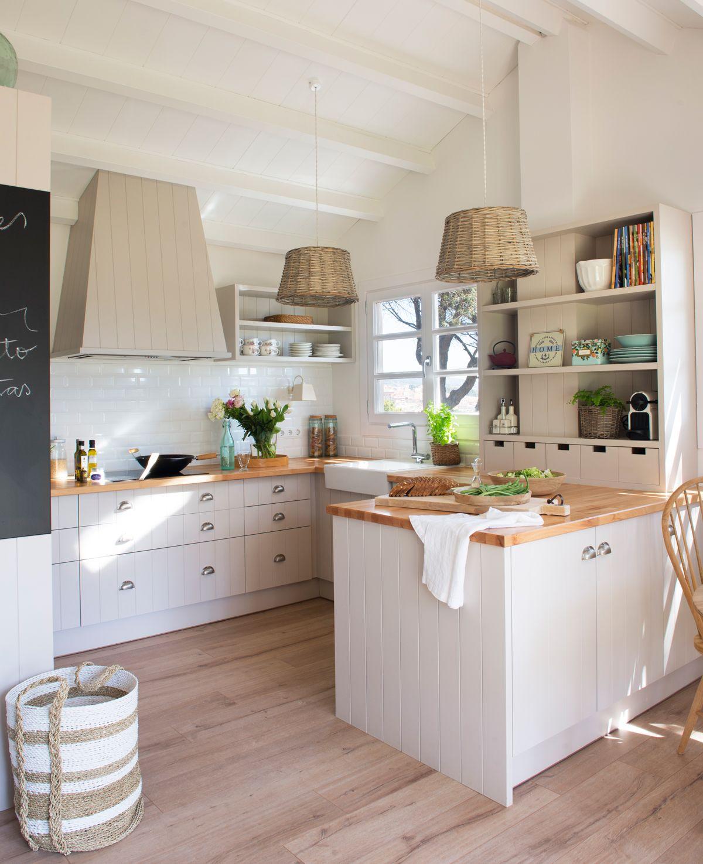 Pen nsulas muy tiles interiores cocinas encimeras de - Encimeras madera cocina ...