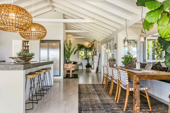 A Grove - hinterland - Byron Bay Holiday Accommodation Beach House Decor Modern Beach Decor & A Grove - hinterland - Byron Bay Holiday Accommodation | Cabin Life ...