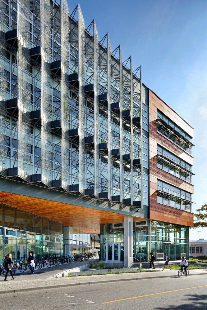 Perkins Will S Cirs Building Wins Raic S Green Building Award