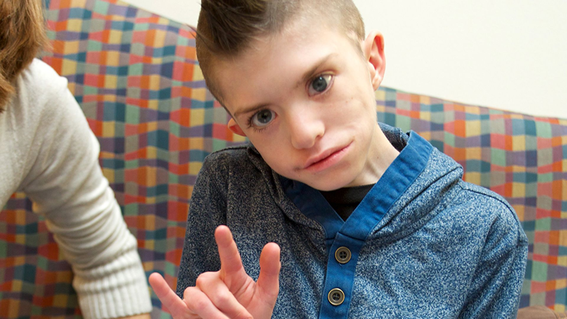 Boy with rare facial paralyzing disorder has special Christmas wish: a smile