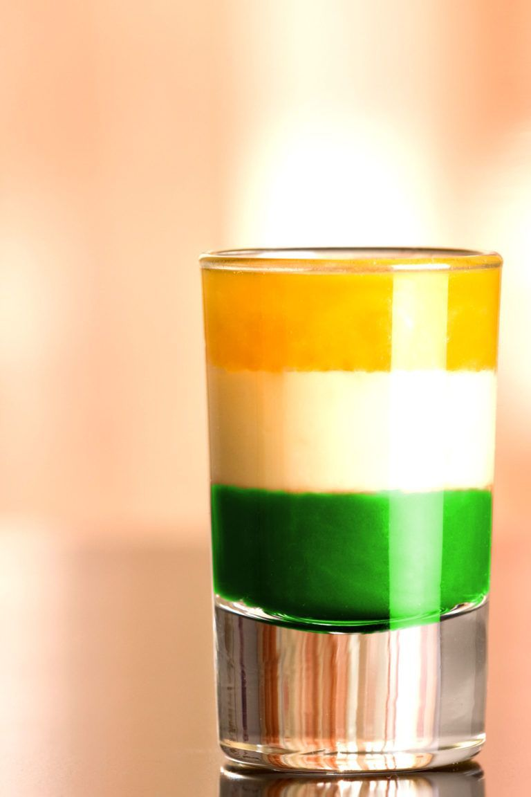 Irish Flag Shot Recipe Mix That Drink Mix That Drink Recipe Irish Cream Drinks Shot Recipes Irish Flag
