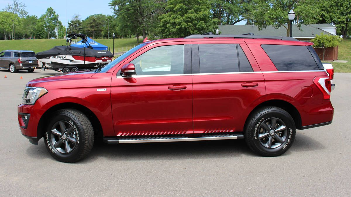 2018 Ford Expedition XLT w FX4 Package Ford expedition