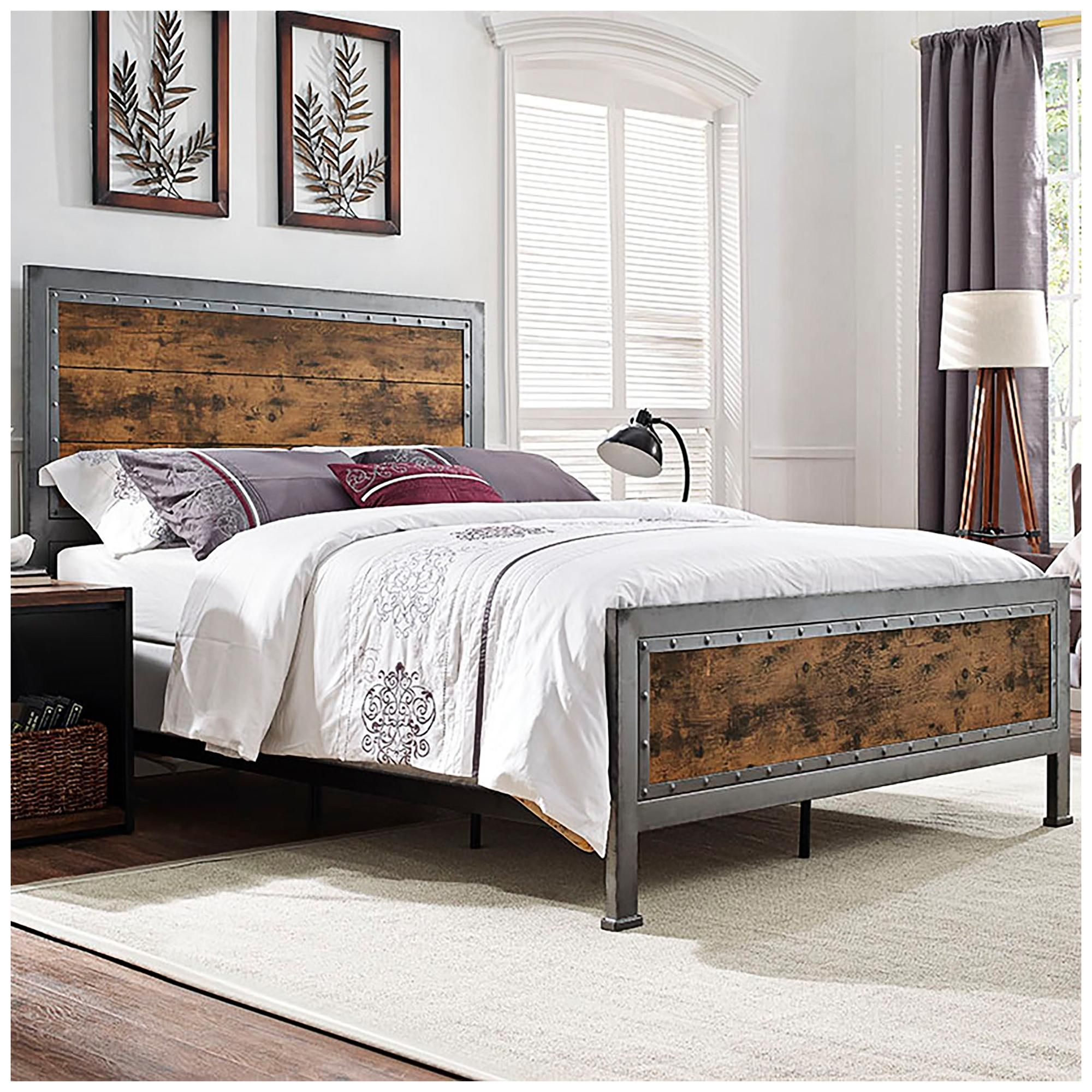 Rustic Home Brown Wood and Metal Queen Bed 24W60