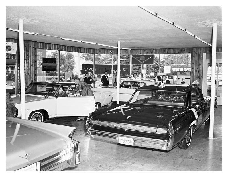 1967 Pontiac Dealership Showroom | auto | Pinterest | American ...