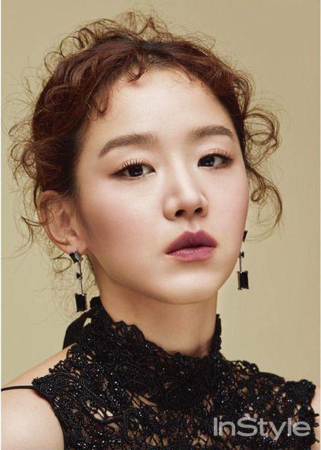 Shin hye sun   Hair style   Korean actresses, Instyle magazine