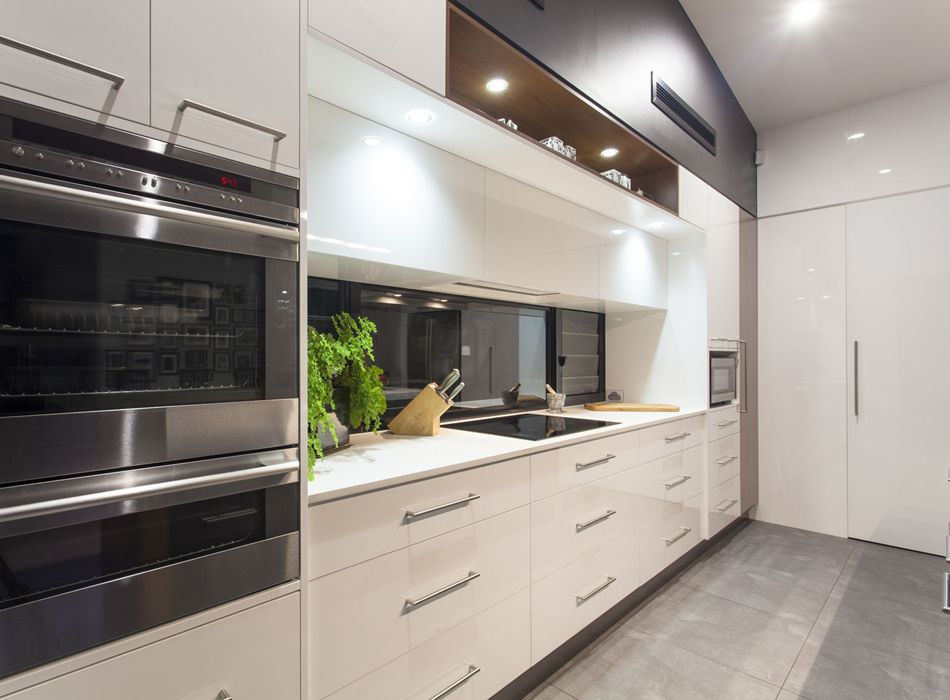 Gloss White Slab Cabinets