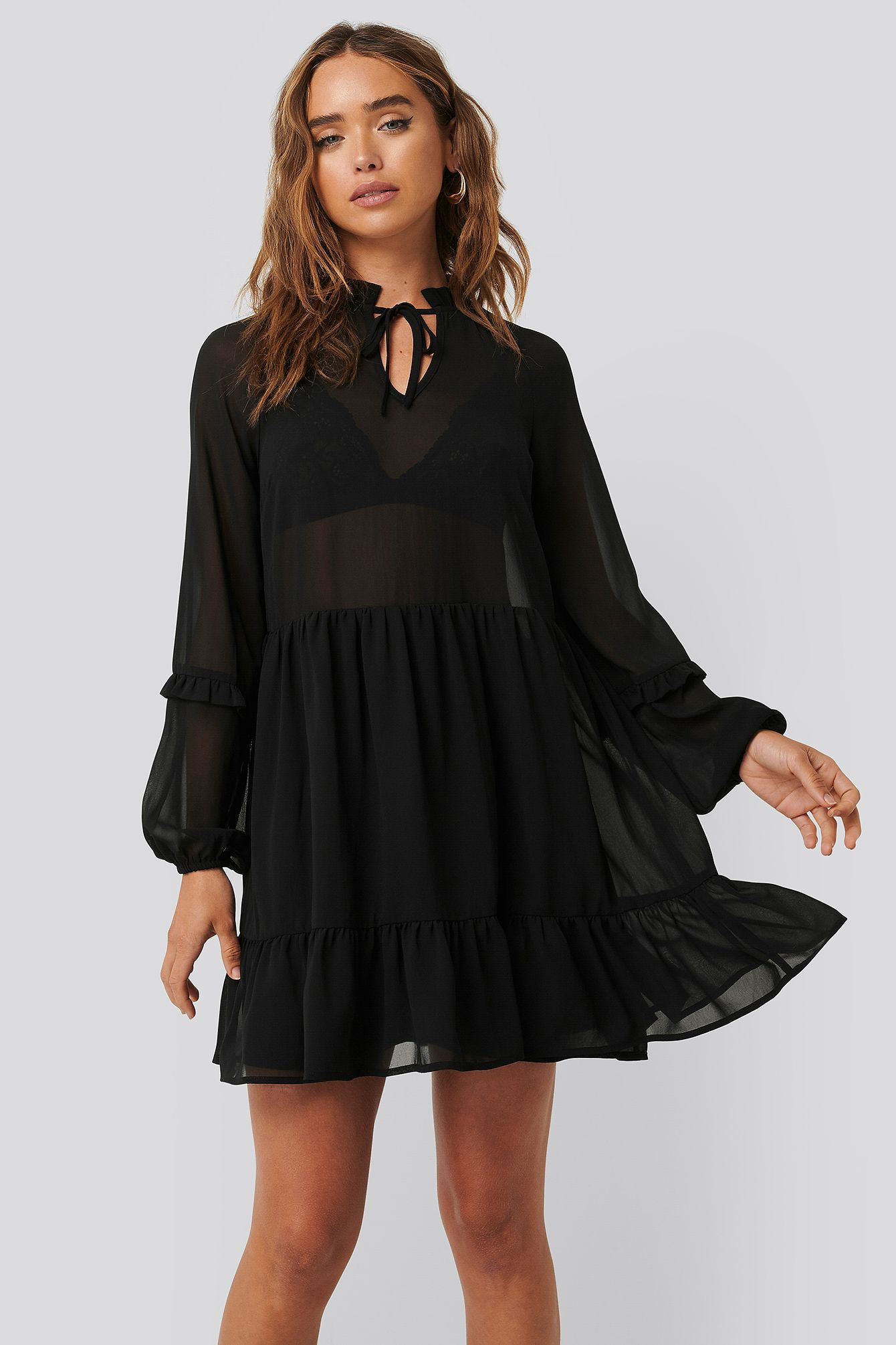 Tie Neck Flowy Mini Dress Schwarz