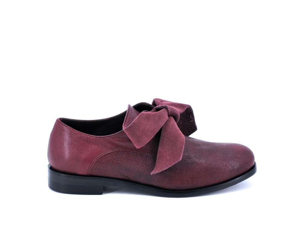 7da9aef7129504 art. 6522 Lilimill - Bordeaux shoe with leather bow lace | Lilimill ...