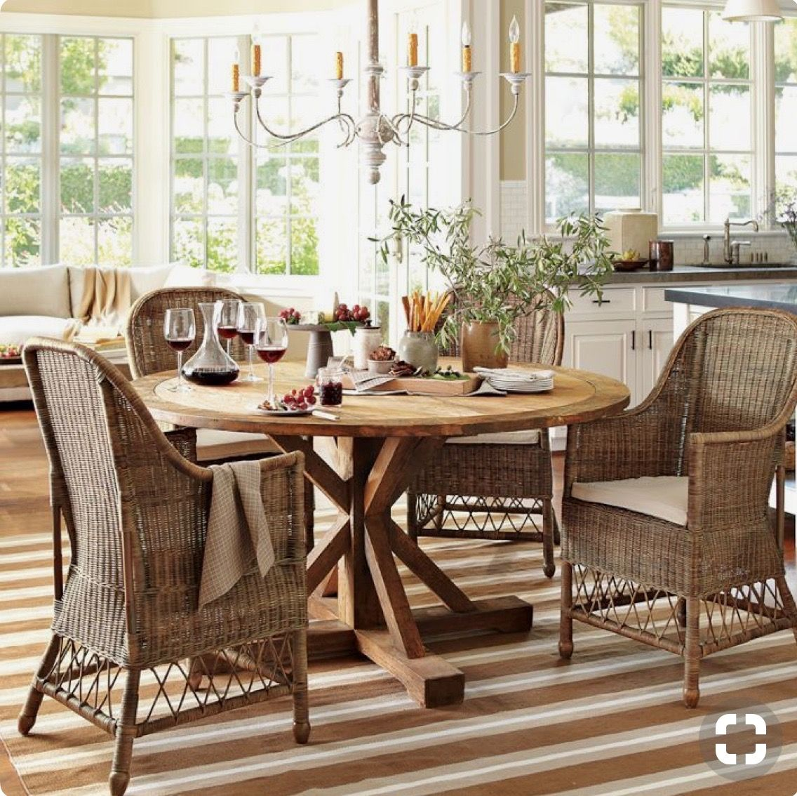 williams sonoma home dining rooms and nooks reclaimed wood rh pinterest co uk