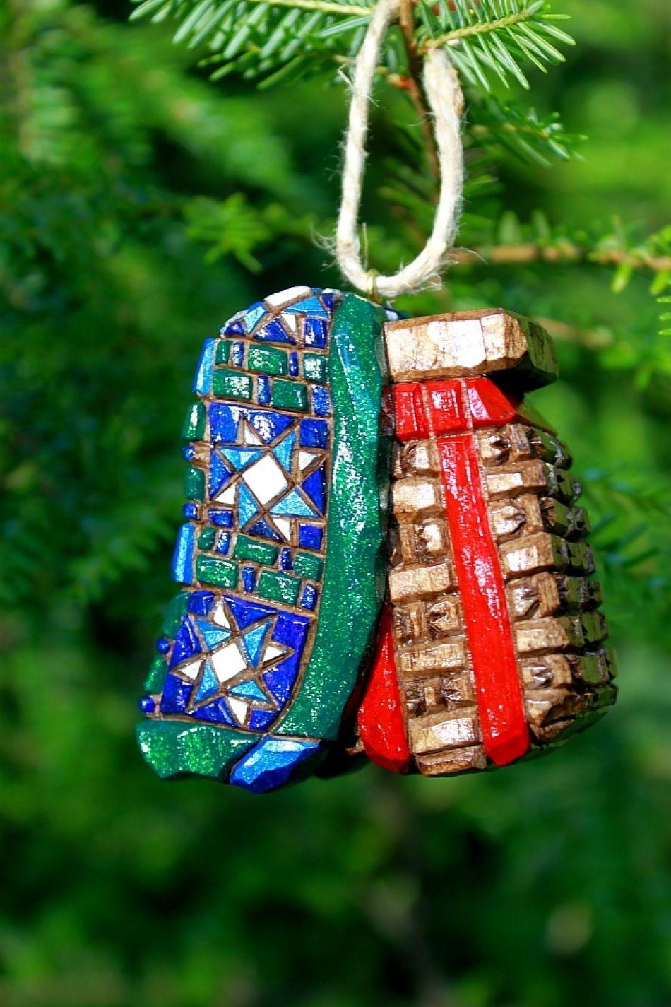 Pack Basket Ornament