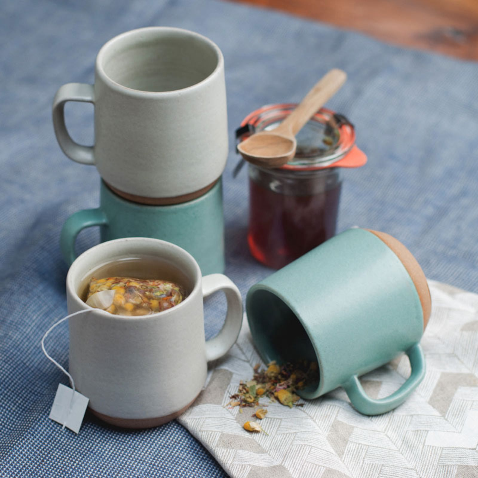 Mazama Ceramic Drinking Vessels   Cups and Foods