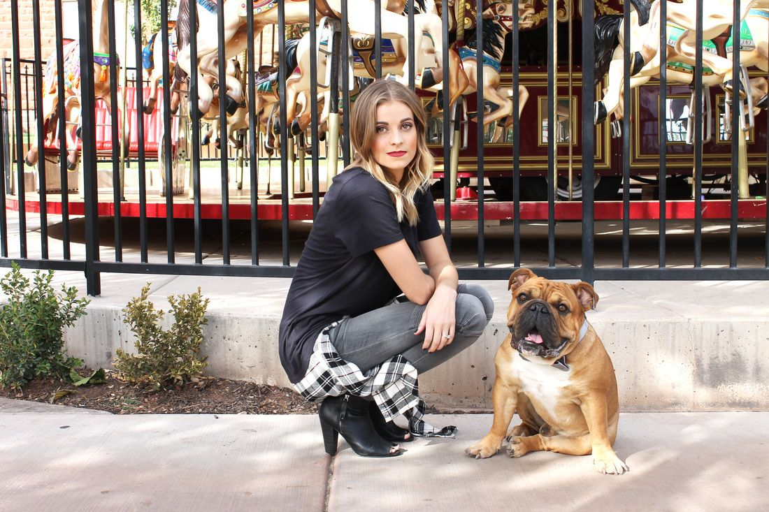 Navy Grace Blog by Camilla Thurman | A Fashion + Lifestyle Blog -- Lady and the Boss