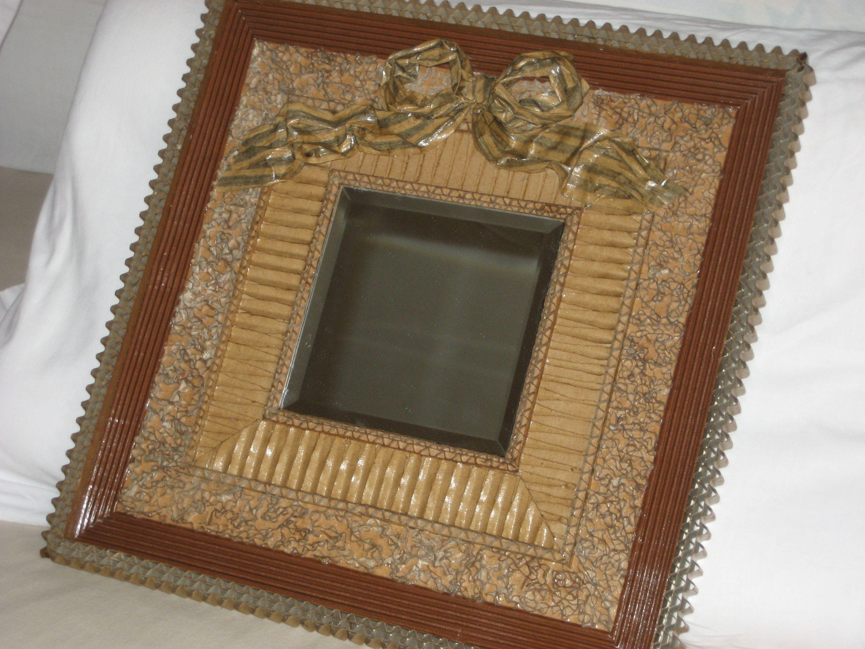 Miroir encadrement carton miroirs en carton pinterest carton cartonnage et objet en carton - Salon des travaux manuels ...