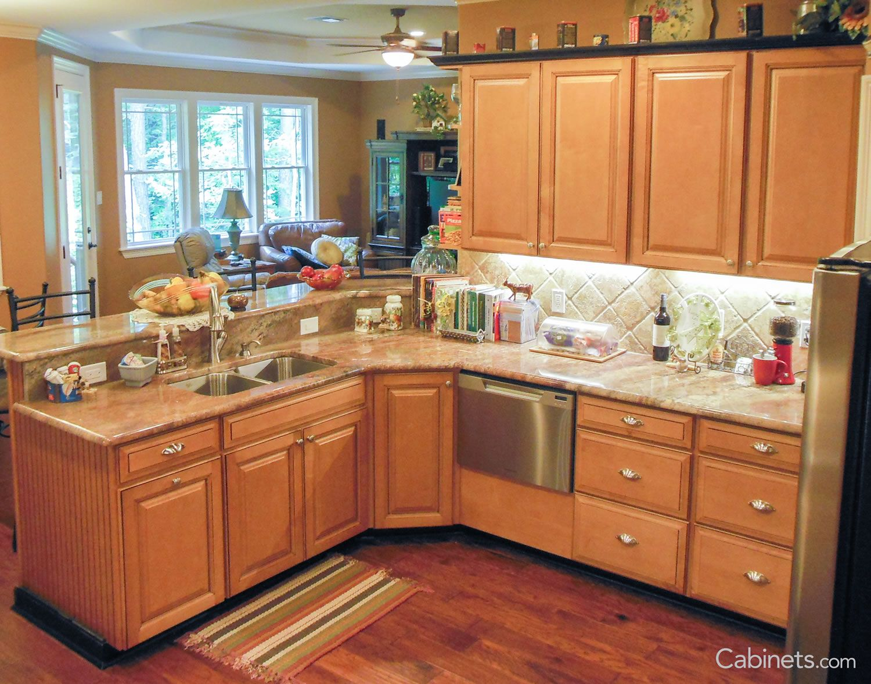 Jupiter Maple Toffee Coffee Glaze Kitchen Design Kitchen Remodeling Projects Kitchen Cabinets