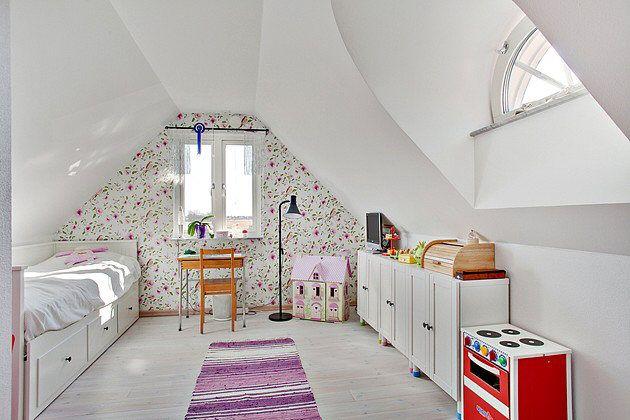 17 Best images about barnrum on Pinterest   Built in desk, Loft ...
