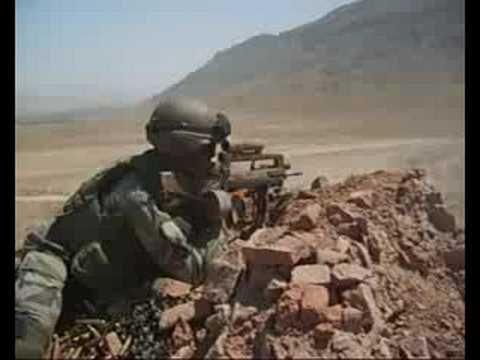 Legion Etrangere Afgan. Feuilles ou décède