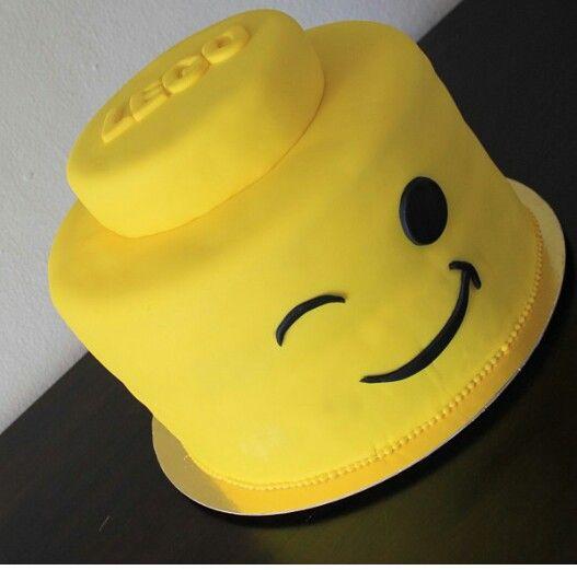 Lego Head Cake In 2020 Lego Head Cake Lego Birthday