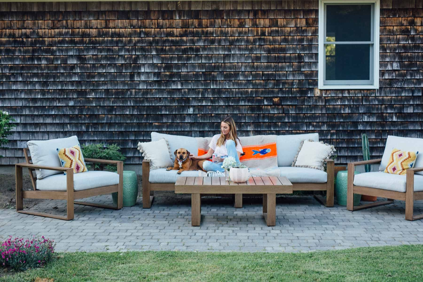 Raymour And Flanigan Outdoor Furniture Best Paint To Paint Furniture Check More At Http Cacophono Patio Design Outdoor Patio Designs Outdoor Sofa