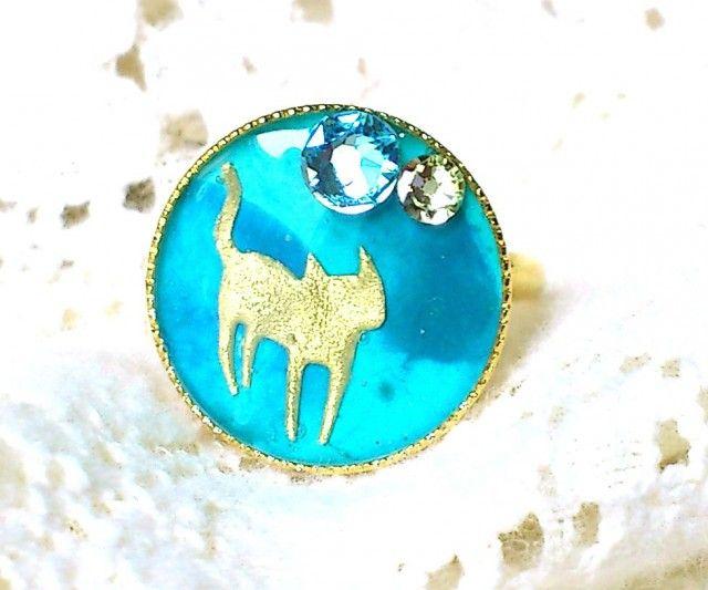 猫とスワロのリングフリーサイズグリーン - アートアンドカントリー
