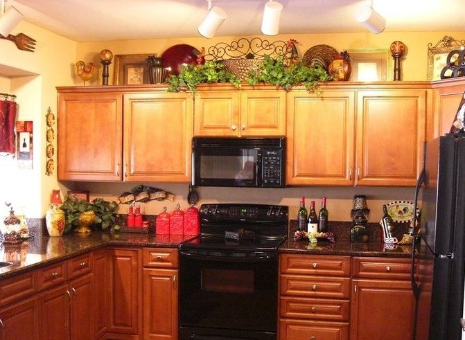 Wine Kitchen Decor Theme Ideas Decolovernet Kitchen Decor Extraordinary Decorations On Top Of Kitchen Cabinets