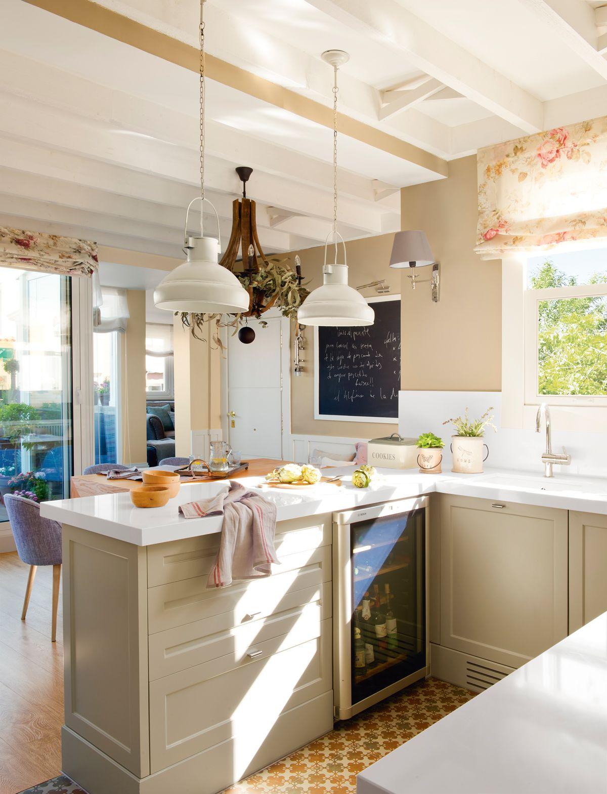 Muebles de cocina elmueble l mpara colgante mosaicos for Mosaicos para cocina rustica