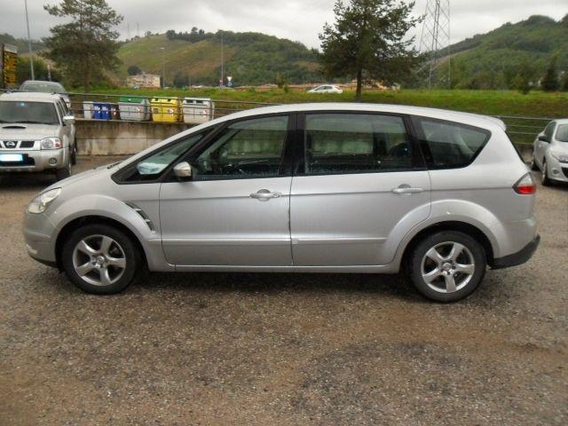 Ford S Max S Max 1 8 Tdci A 8 999 Euro Monovolume 99 000 Km Diesel 92 Kw 125 Cv 06 2007 Annunci