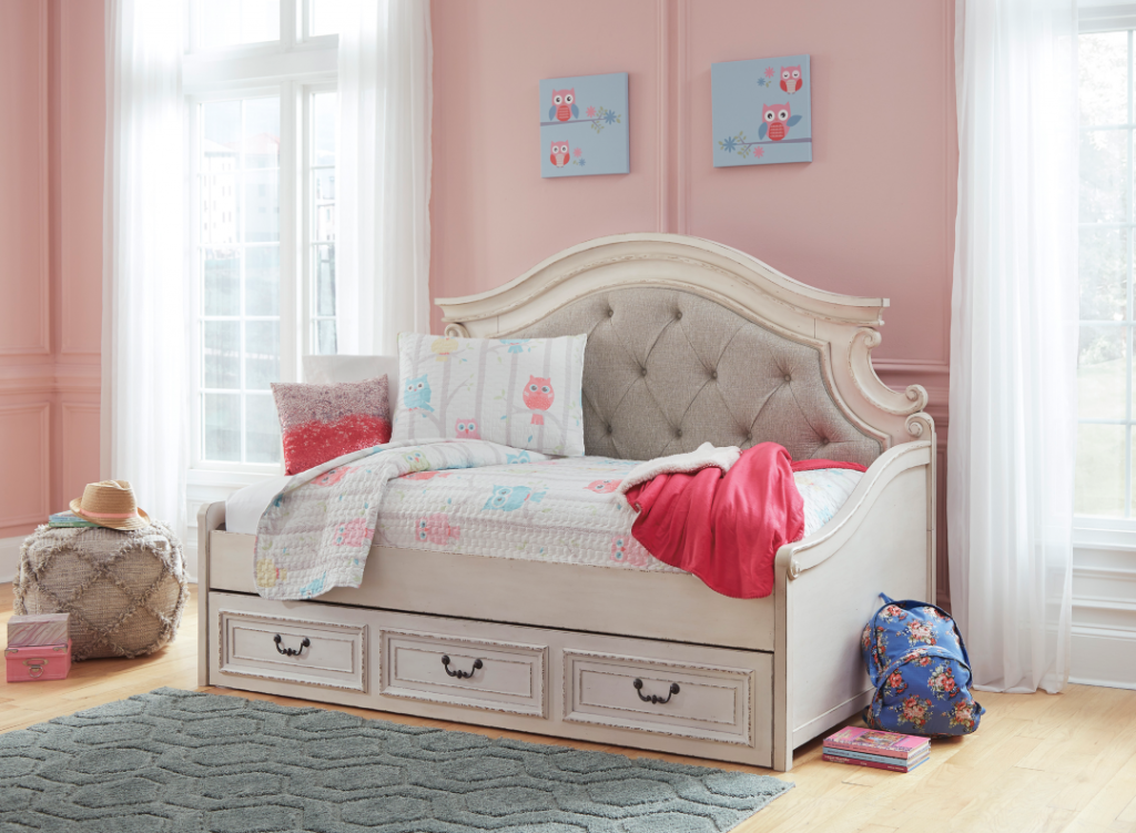 Ashley Realyn Daybed With Storage