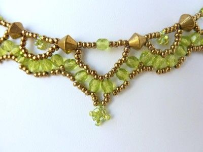 Photo of FREE beading pattern for necklace Crystal Loops   BeadDiagrams.com