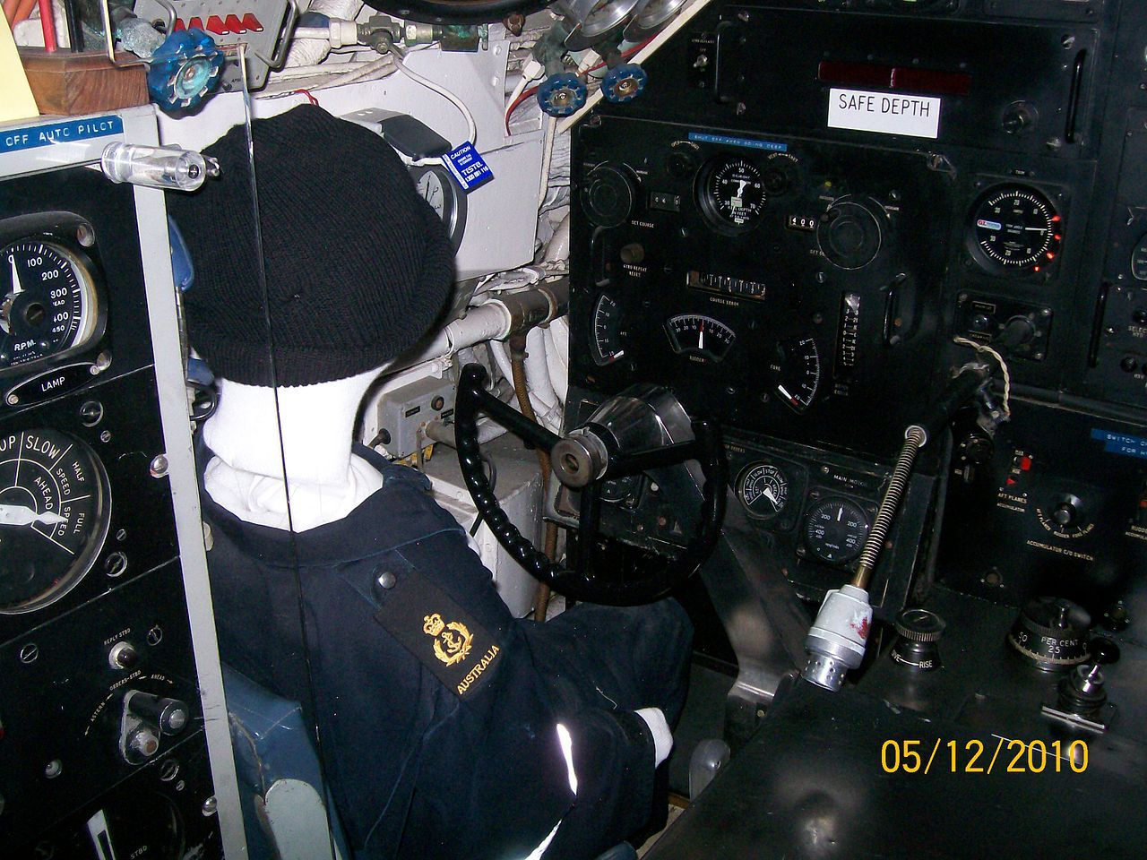 OberonclassSubmarineHelm Oberonclass submarine