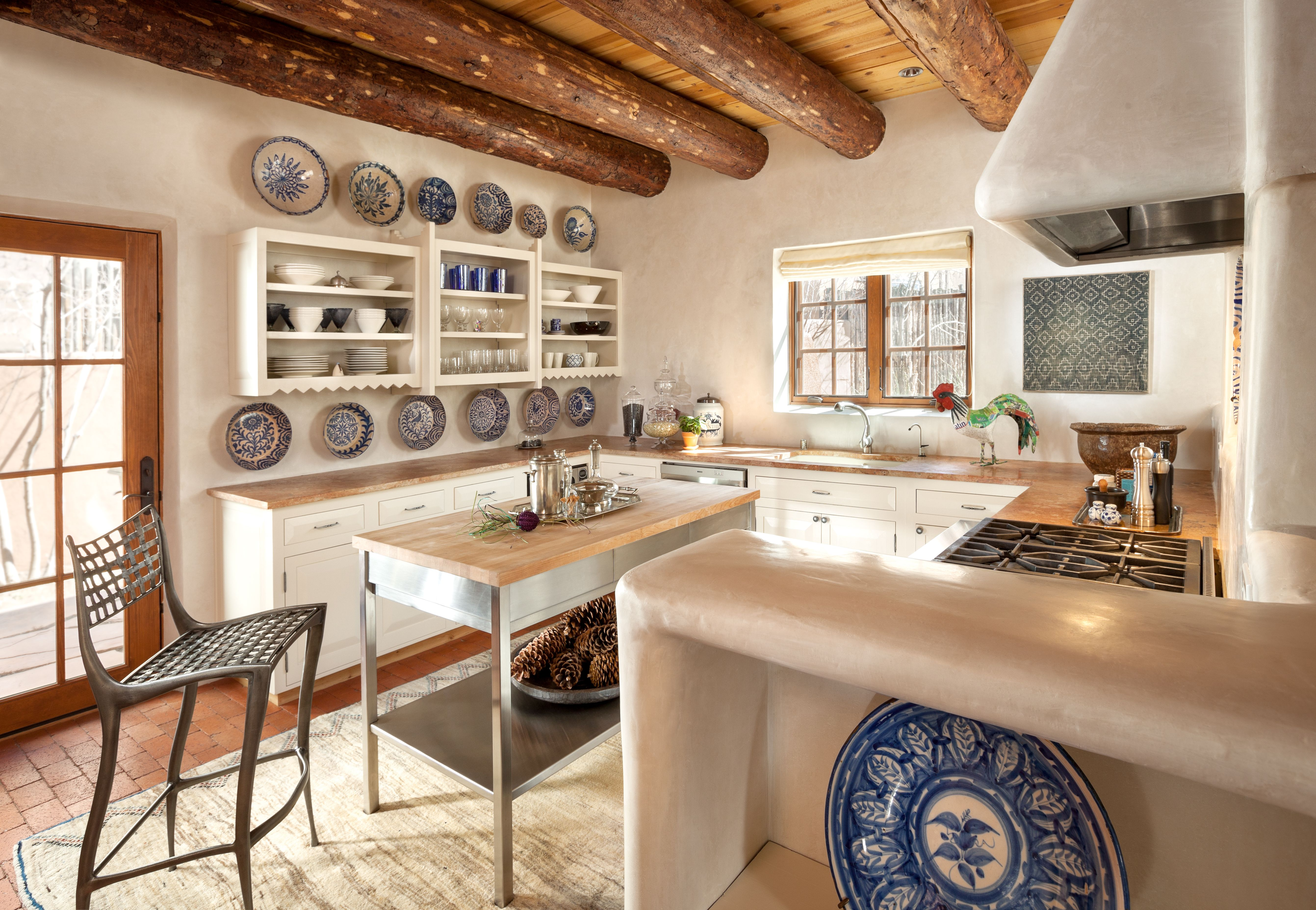 How To Open Up A Small Congested Space Interior Design Kitchen Kitchen Interior Southwest Kitchen