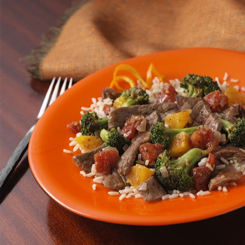 Jamaican Beef And Broccoli Tender Strips Of Beef With Tomatoes Broccoli And Chopped Orange In A Zippy Caribbean Sauce Jamaican Recipes Broccoli Beef Beef