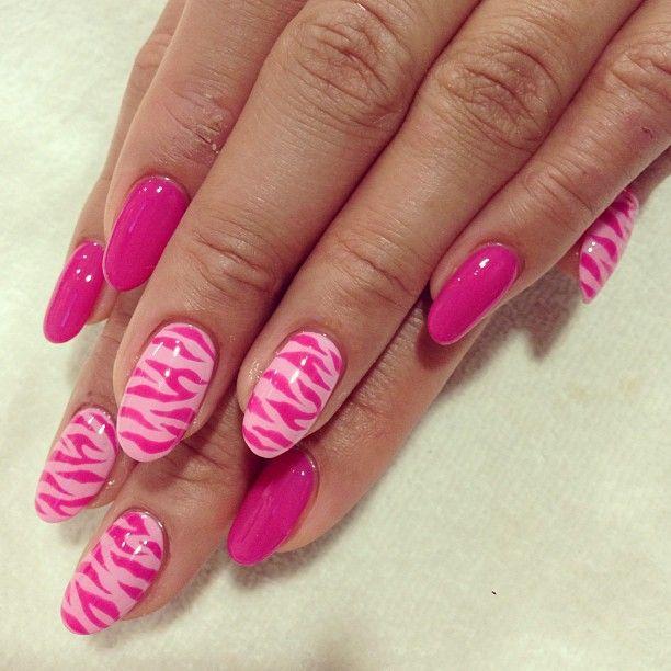 Nail Art Zebra Stripes: Pink On Pink Zebra Stripes Nail Art Design (With Images
