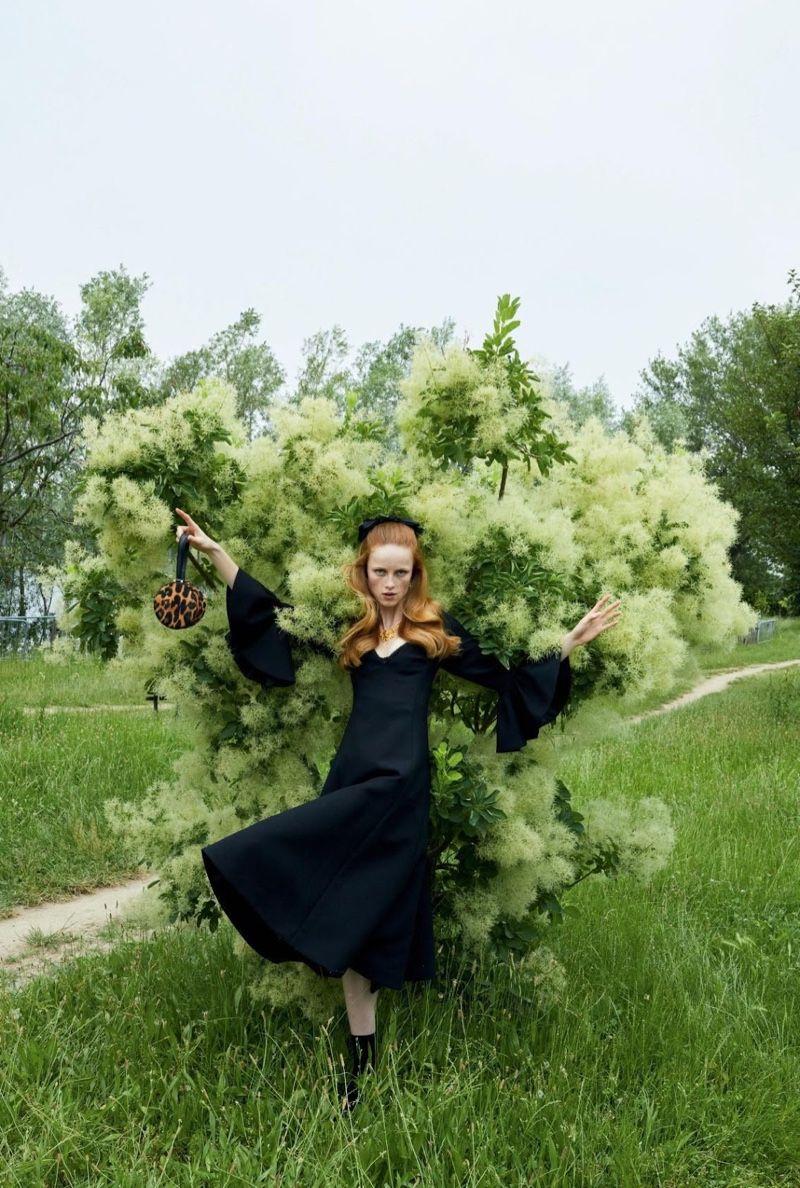 Rianne Van Rompaey Takes A Stylish Tour Of Milan For Vogue Paris Vogue Paris Juergen Teller Editorial Fashion