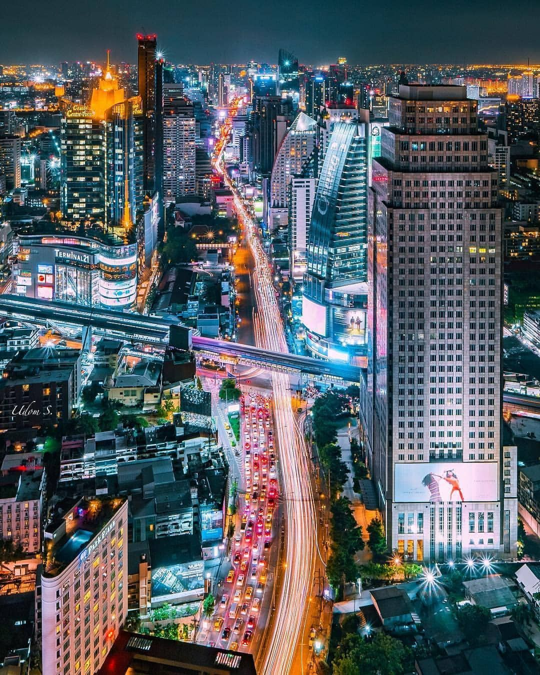 Bangkok Thailand By Oatoasta Follow The Featured Feed For More Tag Your Friends Nightlife Travel Bangkok Travel Bangkok Thailand