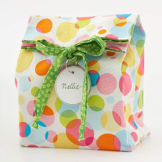 Easy-to-Sew Reusable Gift Bag        Use fabric of any pattern to create a personalized gift bag.