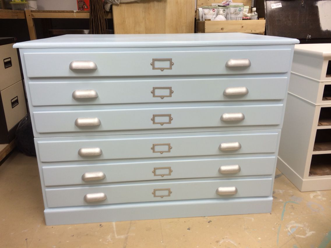 High Quality Vintage Draughtsmanu0027s / Artistu0027s / Architectu0027s Chest Refinished In Dulux  Diamond Hard Eggshell In ...
