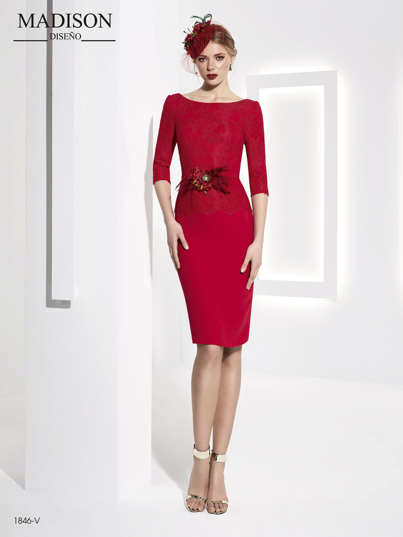 033d4ffa8 vestido de fiesta corto rojo con encaje