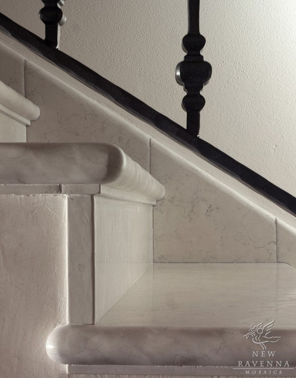Lucido Bianco Antico Stairs Treads