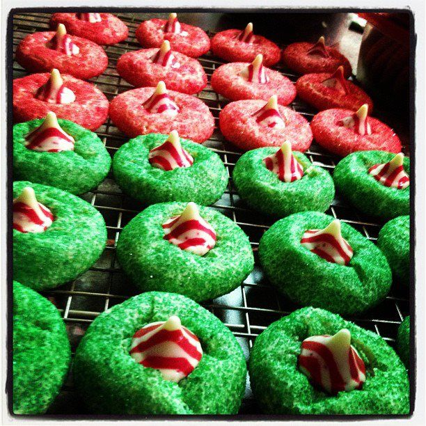 Pinterest project #7: candy cane blossoms (original pin: confections)