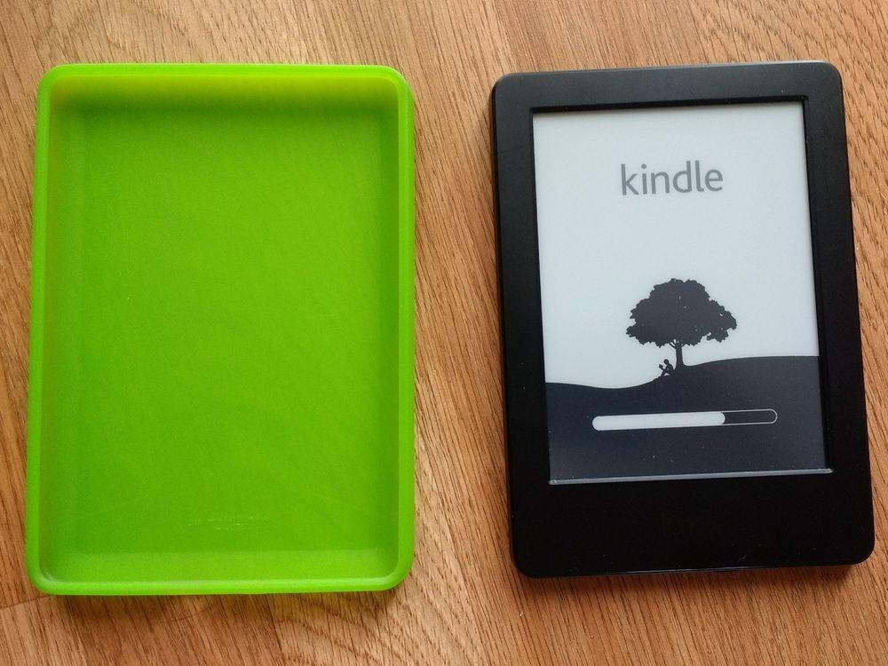 Used Amazon Kindle 4GB WiFi Unlocked 6in Model WP63GW E Reader case