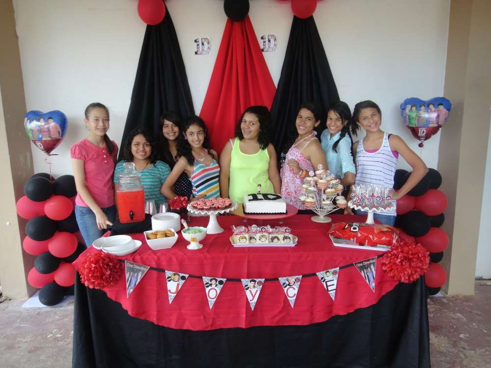 One Direction Birthday Party Ideas Photo 3 Of 29 One Direction Birthday Party One Direction Birthday Party Ideas One Direction Birthday