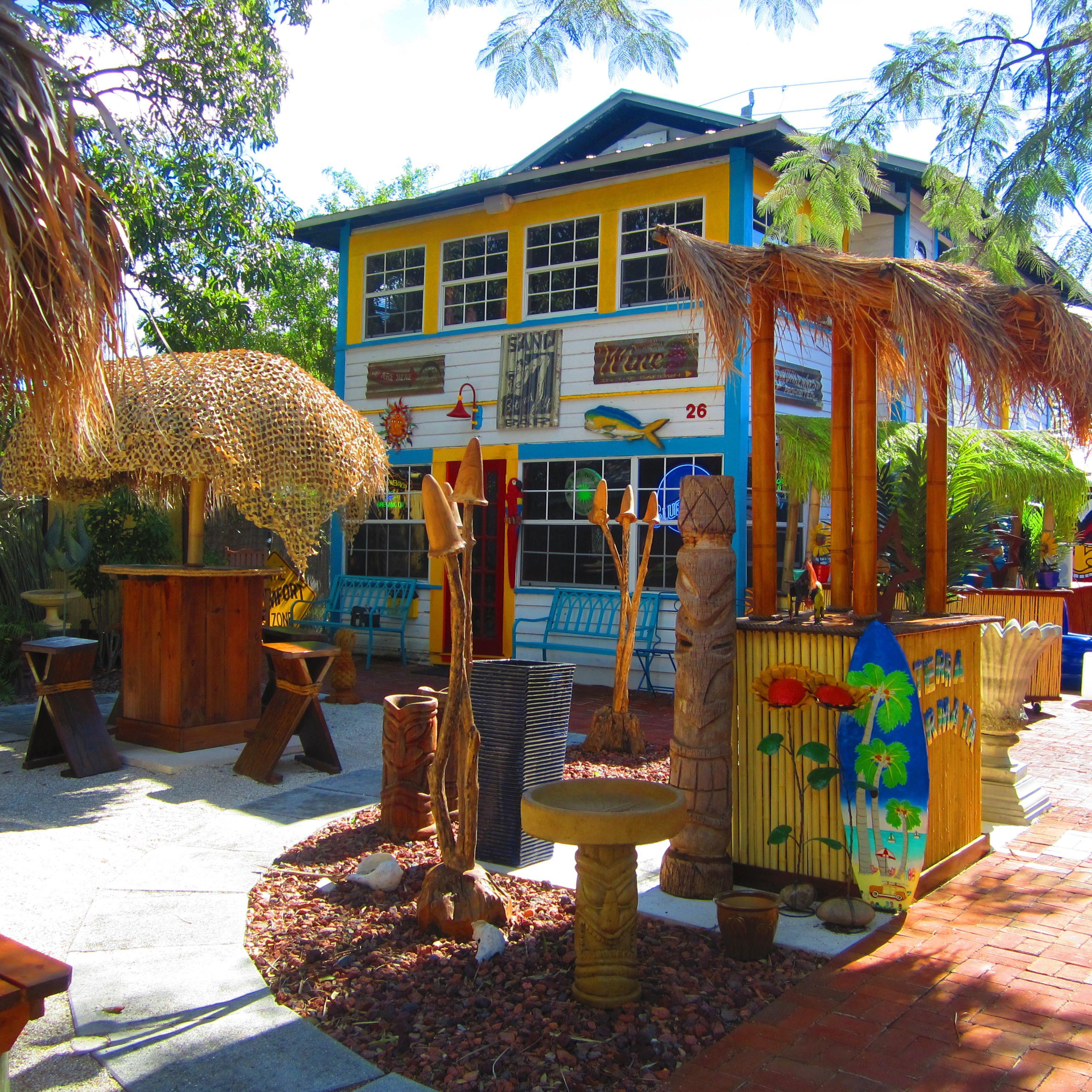 Tiki Umbrella Table. Bamboo Tiki Bar