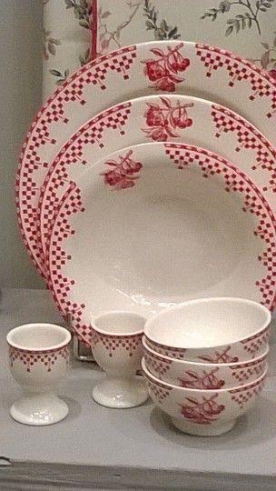 Pingl par comptoir de famille sur damier rouge comptoir de famille comptoir et vaisselle - Comptoir de famille vaisselle ...