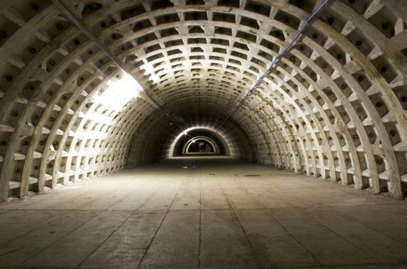 WWII-London-underground-bomb-shelter-garden (5)