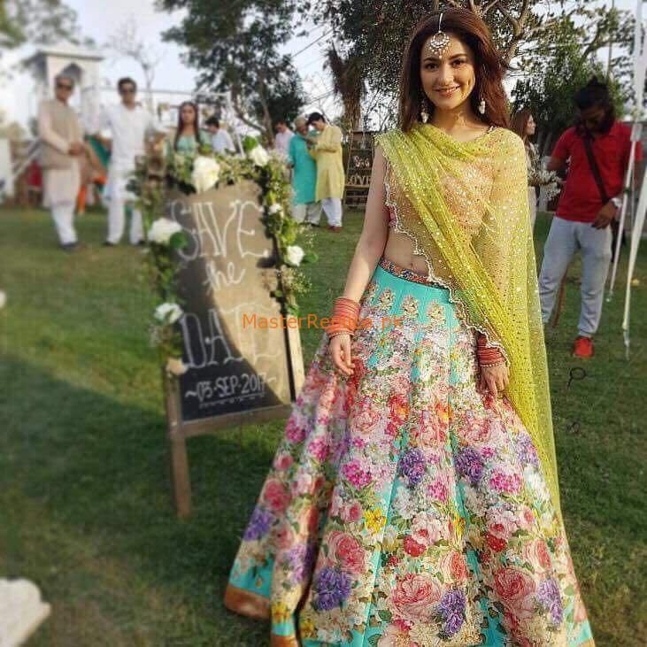 c2a1ee2e2f Nomi Ansari Luxury Bridal Chiffon Collection Replica in 2019 | Bridal |  Indian dresses, Mehendi outfits, Indian designer wear